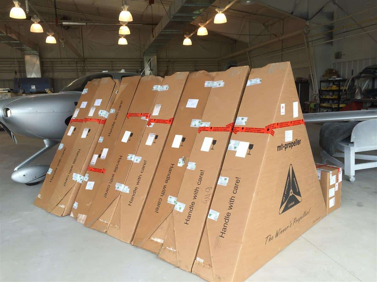 First Batch of SR20 MT Composite Propellers Arrives at Midwest Aircraft Refinishing