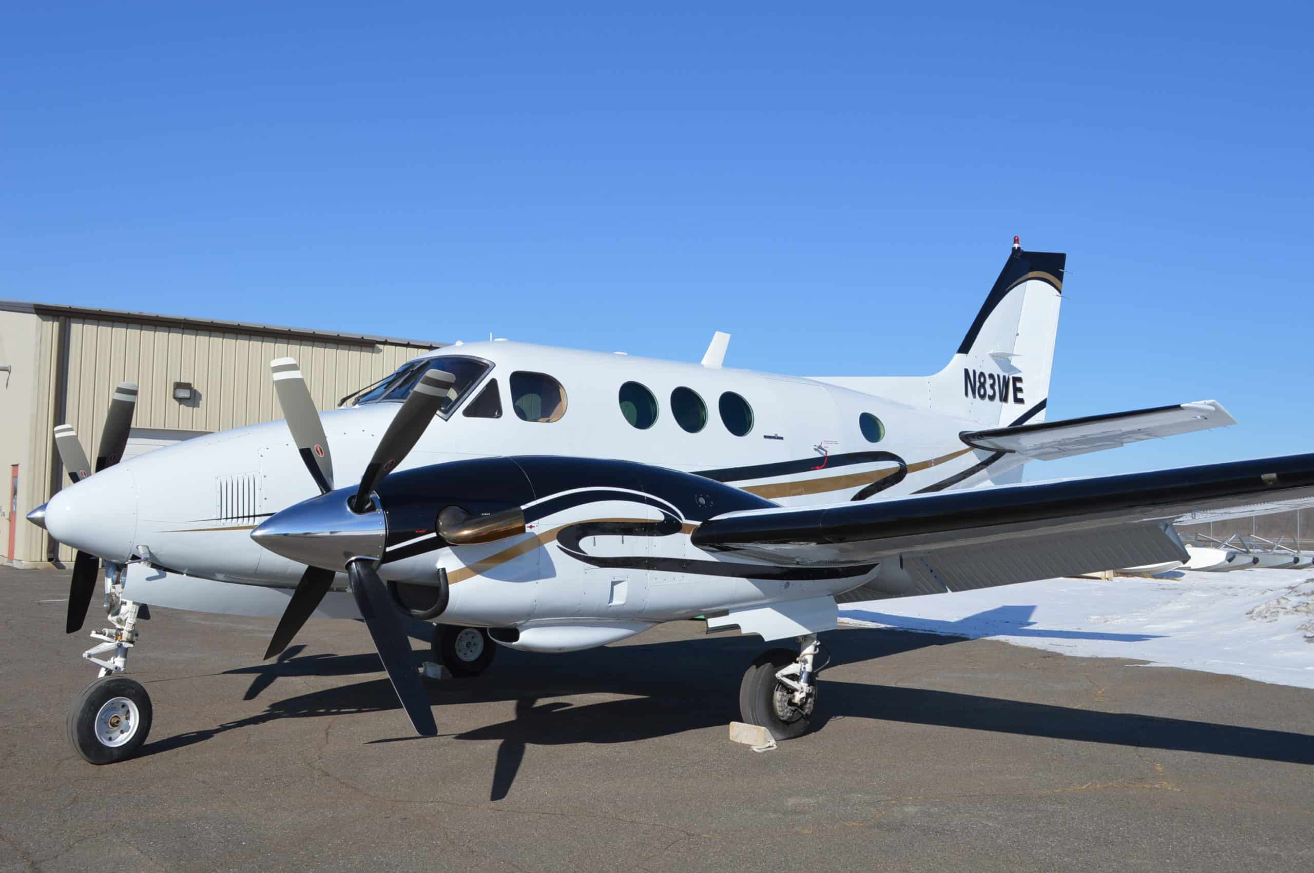 sideview Aircraft Exterior refinishing Cirrus paint